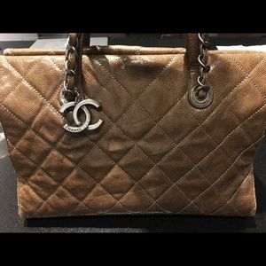6904c0c0102 Chanel Grand Shop Zip Shoulder Bag
